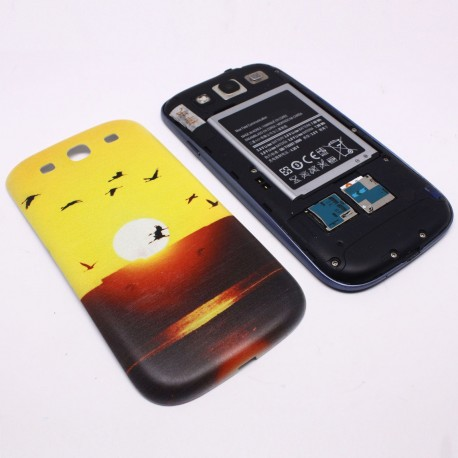 Samsung Galaxy S3 I9300 - Sunrise - The rear battery cover
