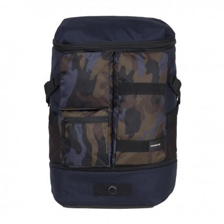 Crumpler Mighty Geek Backpack - MGBP-002 - modrý ruksak